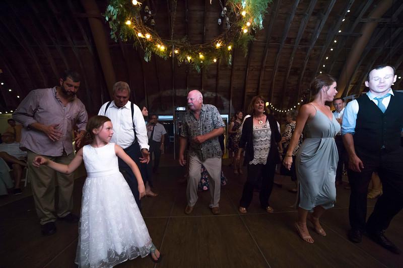 Garrett & Lisa Wedding (830).jpg