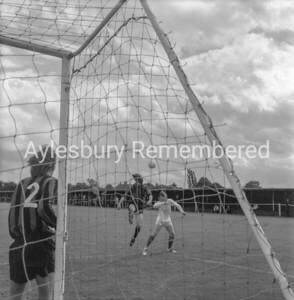 Aylesbury Utd v Hounslow Aug 28th 1971