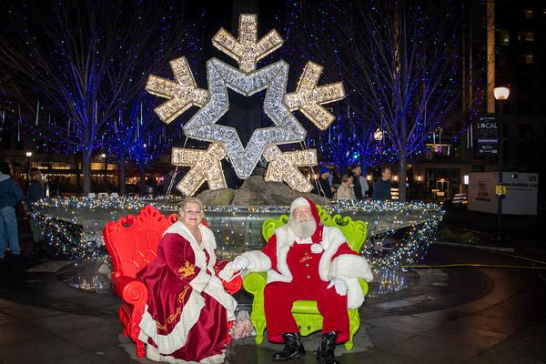 2019 Holiday Lights Portraits with Santa 5-6pm
