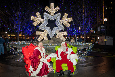 2019 Asheville Holiday Lights Portraits with Santa