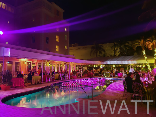 Dec 31, 2020 New Year's Eve at  Swifty's Restaurant in the Colony Hotel, Palm Beach