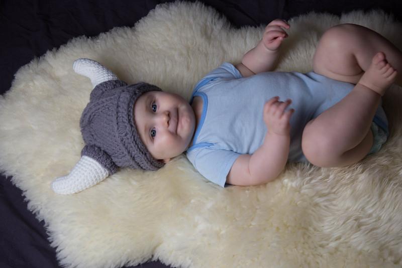 baby james 6 months-17.jpg