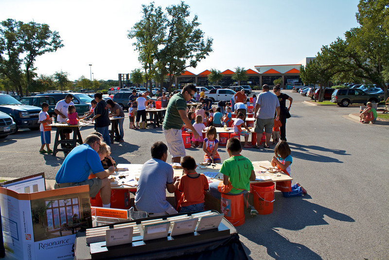 Kids Workshop at Home Depot - 2010-10-02 - IMG# 10-005318.jpg