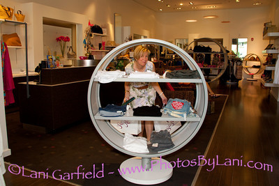 El Paseo Shopping Extraviganza 4/26/2011 for Palm Springs Life