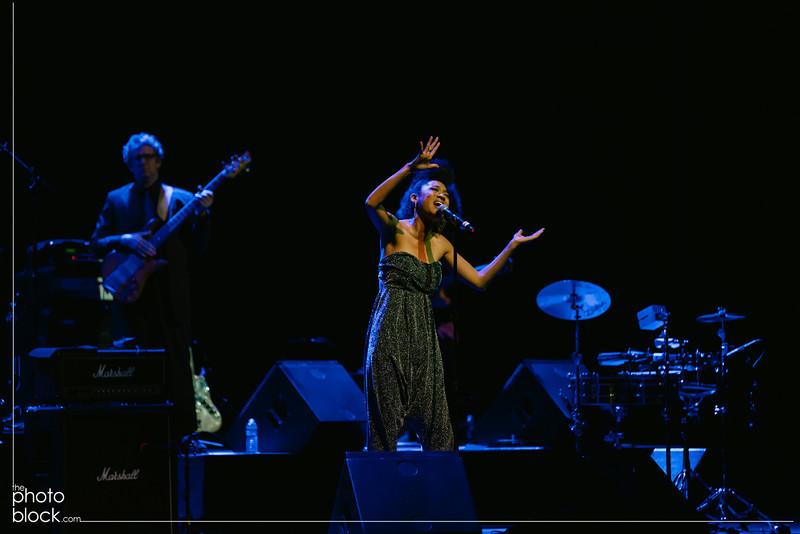 20140208_20140208_Elevate-Oakland-1st-Benefit-Concert-1340_Edit_pb.JPG