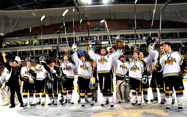 Kennett High Eagles Hockey 2010 NHIAA Division 3 Champions