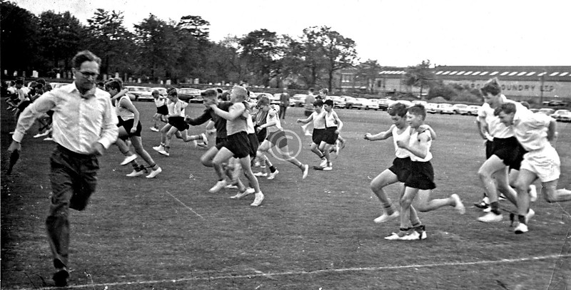 As you can see, the Hutchie sports ground at Auldhouse was on the other side of the Foundry.   School sports day, and Mr Howie, head of the science department, flees the scene after shooting an insubordinate pupil.   c1964