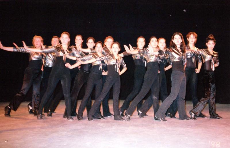 Dance_2294_a.jpg