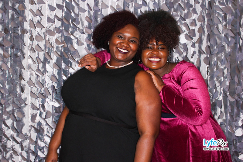 red-hawk-2017-holiday-party-beltsville-maryland-sheraton-photo-booth-0312.jpg