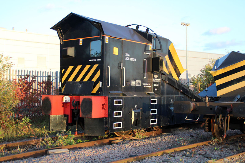 ZZA ADB965211 Peterborough New England Yard 29/09/12