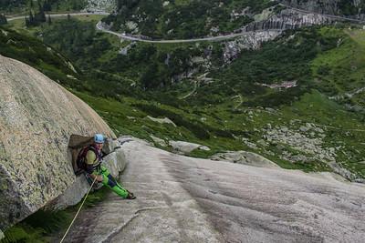 02 Grimselpass Rock Climbing