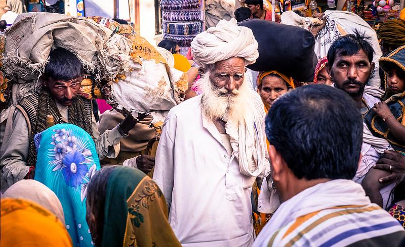 P1270632FacesofIndiaPushkar7._.jpg