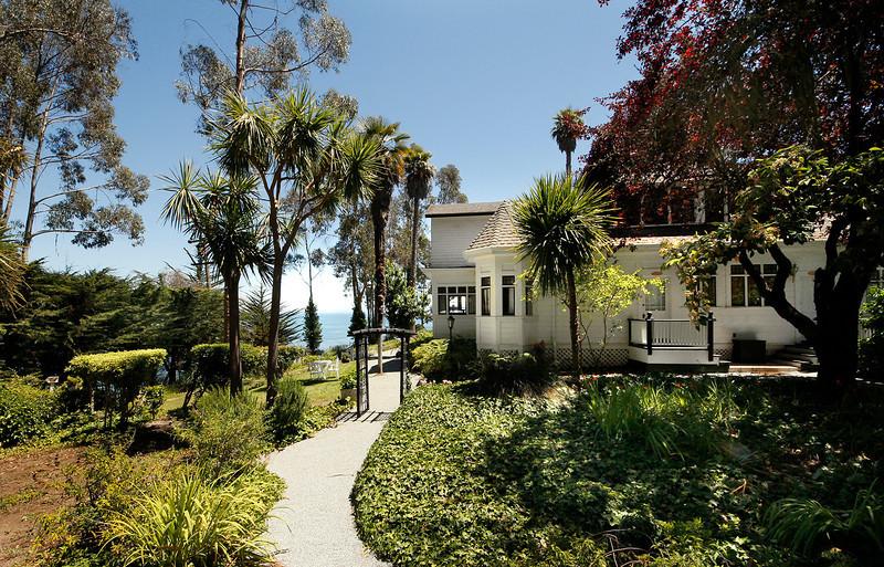 _Monarch Cove Inn 02.jpg