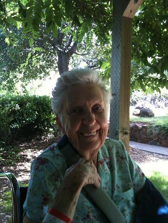 06-25-2010 Visiting Gen in Redding