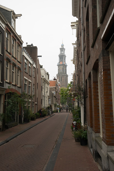 09-17-16 DSC01209 Amsterdam Along walk.jpg