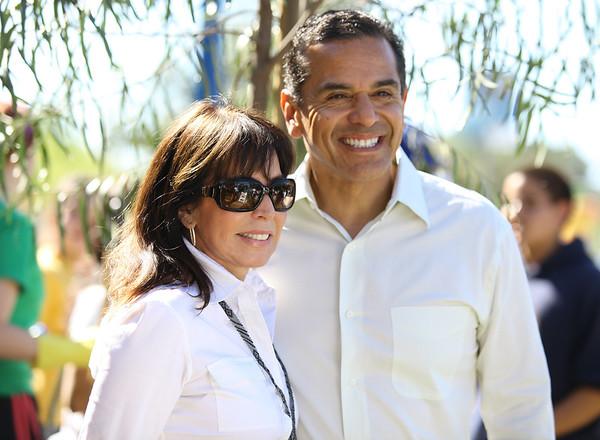 'Million Trees' Event with LA Mayor Antonio Villaraigosa 5/1/10