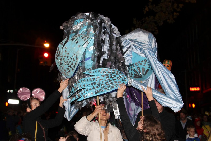 2011.10.31 Street Halloween Parade.ss-53.jpg