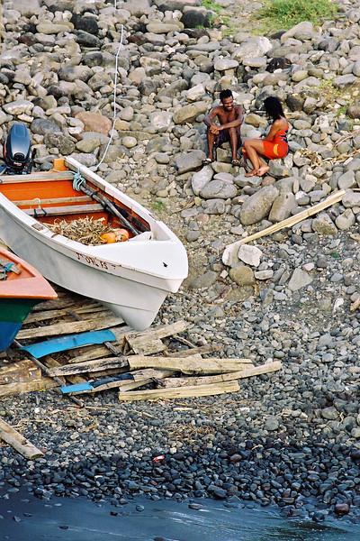 Small fishing village near the Zandoli Inn, Fond St. Jean. OM4T, CV 180/4 APO-Lanthar,  F16,  Kod 100 UC