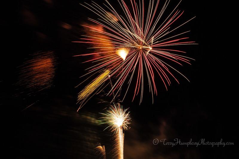 2019 Paradise Fireworks-121.jpg