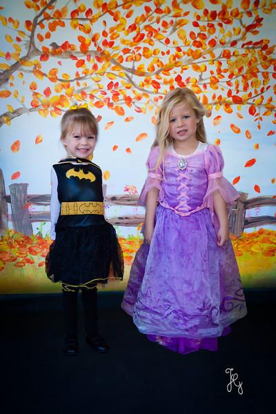 Feranec Halloween Party Kids-9.JPG