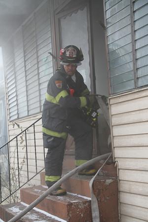 MAYWOOD, IL BOX ALARM FIRE 208 S. 17TH AVENUE (02-19-2013)