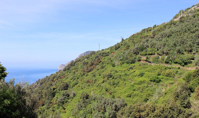 Italy-Cinque-Terre-Hiking-Blue-Path-Trail-14.JPG
