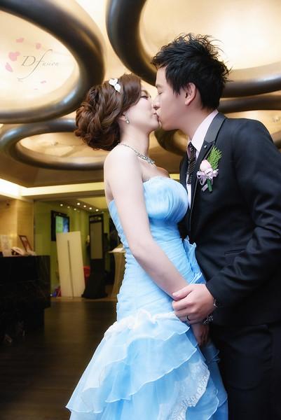 ---wedding_24483572511_o.jpg
