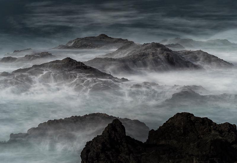 mendo waves1.jpg