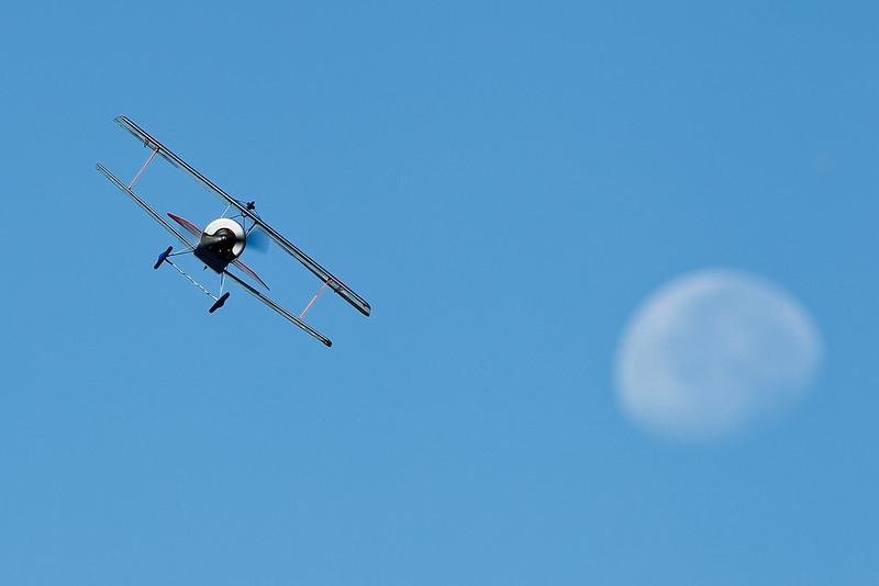 Electrifly_Nieuport17_Moon_41.jpg