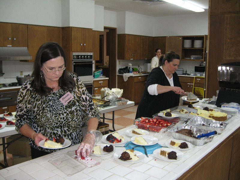 Newcomers Dinner 2011 083.jpg