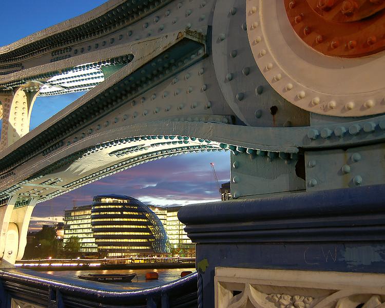The GLA and Tower Bridge