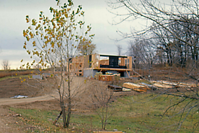 1974-10 - Framing - walls going up
