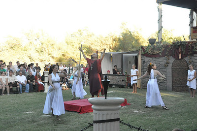 Gladius Evening Show: The Vestal Virgins Bless the Arena 9 October 2010