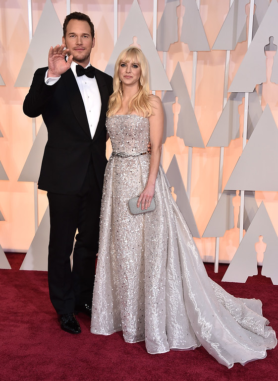 . Chris Pratt, left, and Anna Faris arrive at the Oscars on Sunday, Feb. 22, 2015, at the Dolby Theatre in Los Angeles. (Photo by Jordan Strauss/Invision/AP)