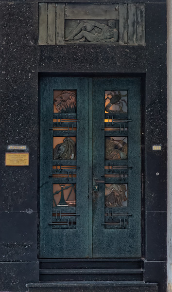 U5433 Montevideo Door.jpg
