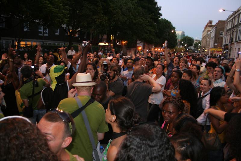 Notting Hill Carnival samba band - Verde Vai