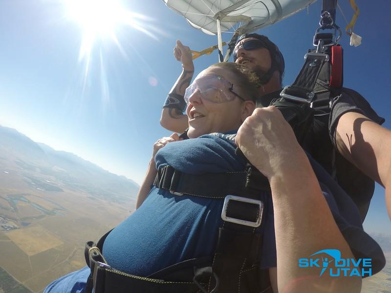 Lisa Ferguson at Skydive Utah - 102.jpg