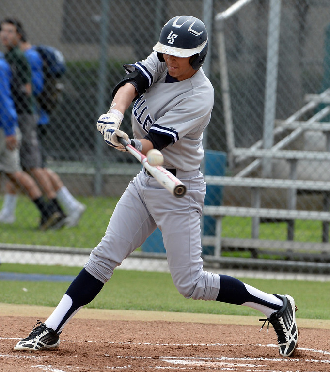 . La Salle\'s Kyle Cuellar in the second inning of prep baseball game against Bishop Amat at Bishop Amat High School in La Puente, Calif., on Tuesday, May 6, 2014. (Keith Birmingham Pasadena Star-News)