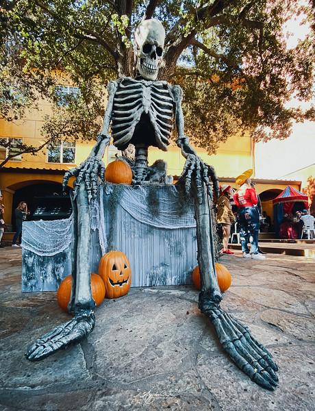 10_30_2019_Halloween_031.jpg