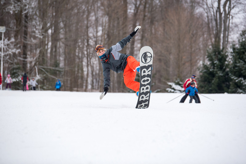 Opening-Day_1-3-16_Snow-Trails-8120.jpg