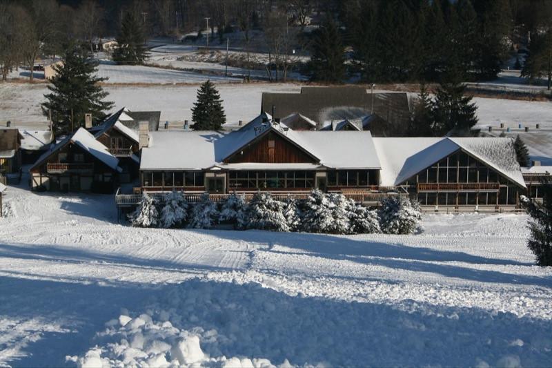 SnowTrailsOpeningDay12_11_09_025.jpg