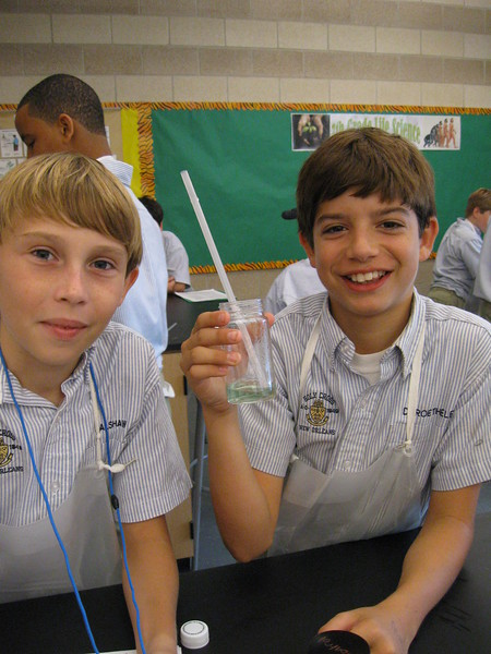 \\hcadmin\d$\Faculty\Home\slyons\HC Photo Folders\7th Gr_Exhaling Carbon Dioxide Lab_2011\IMG_1088.JPG