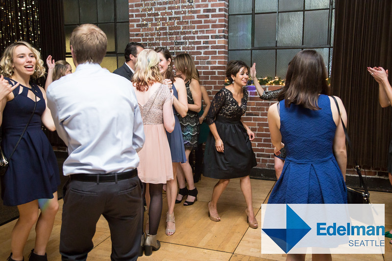 20151204JazzyPhoto_edelman_Party-154.jpg