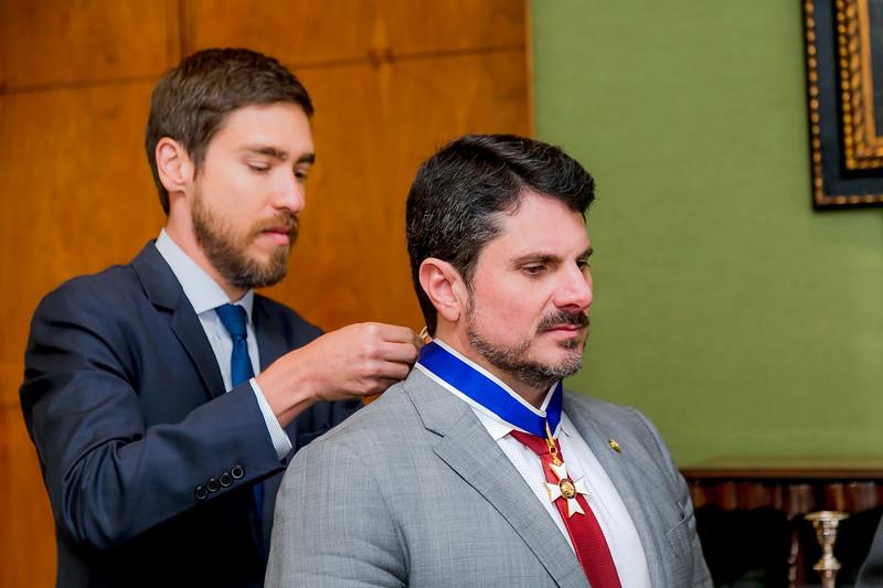 110719 - Condecoração de Ordem de Rio Branco no grau de Grande Oficial - Senador Marcos do Val_15.jpg