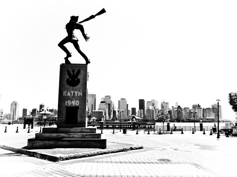 katyn-memorial