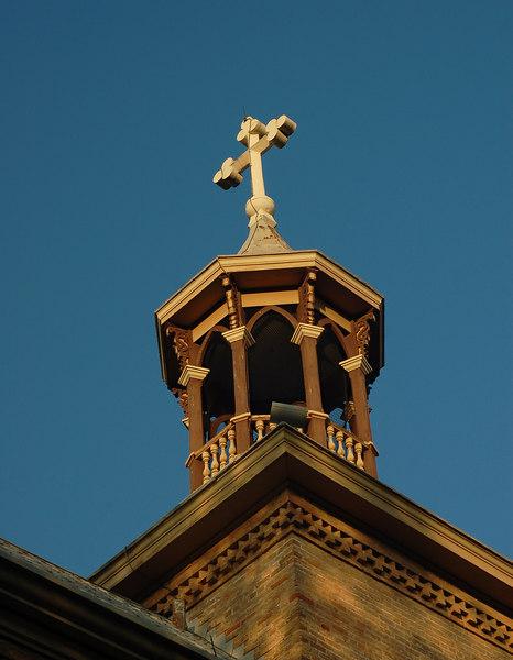 cross towards heaven.jpg