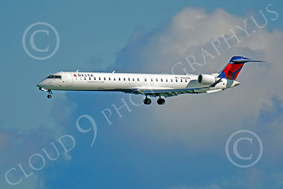 Bombardier Canadair CRJ900 Airliner Pictures