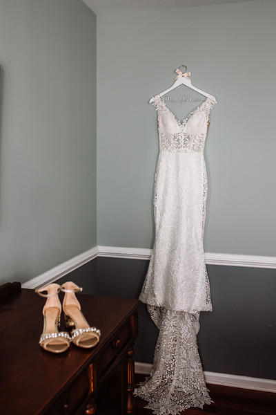 CAITLYN AND COLBY - BACKYARD WEDDING - 14.jpg