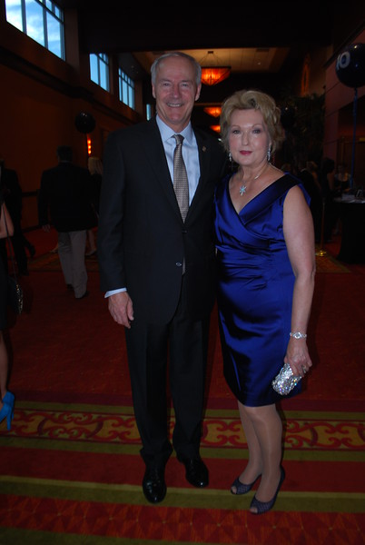Governor Asa & Susan Hutchinson 4.JPG