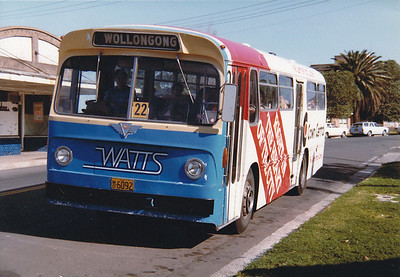 Watts Bus & Coach Service - Wollongong NSW